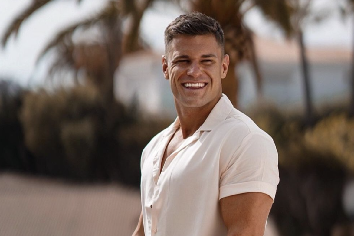 Rob Lipsett is Passionate About Fitness: He Runs Fuel Cakes, a Protein Pancake Company, Game Plan, a Training and Nutrition App, and More